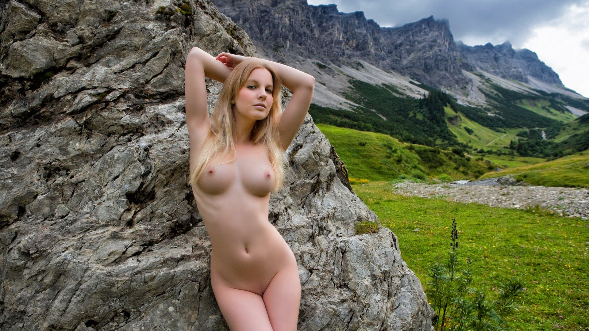 Naked natural mature