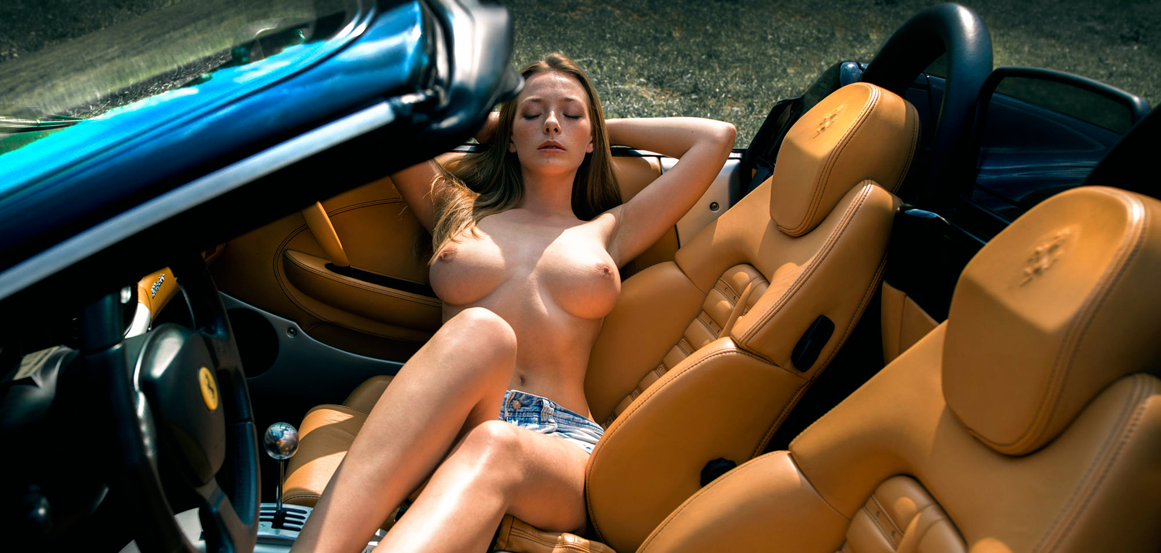 Young girl sext girls and hot cars